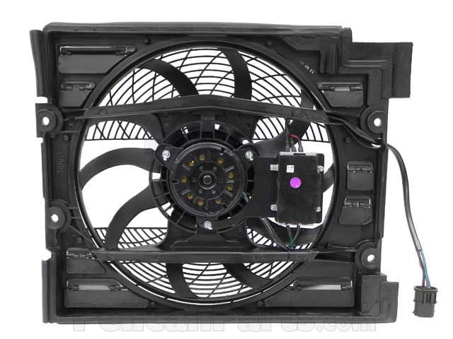BMW Auxiliary Fan Assembly with Shroud for A/C Condenser ...